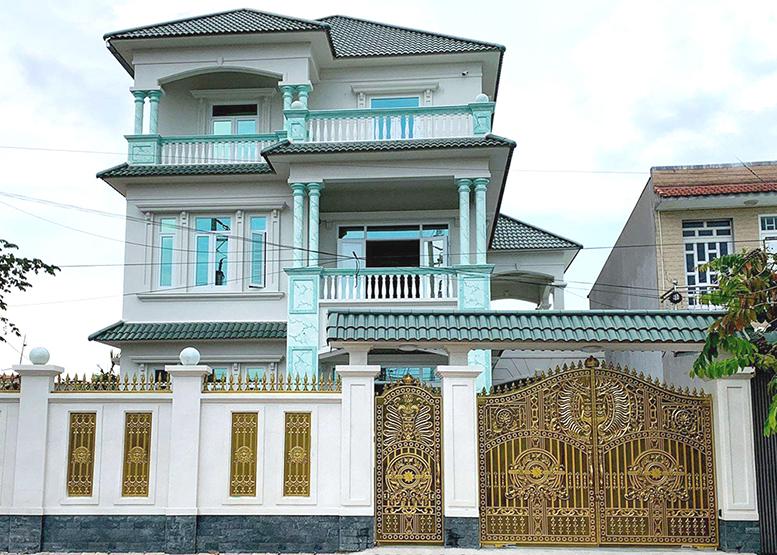 Công Nhôm Đúc Đặc Cho Ngôi nhà đẹp-101