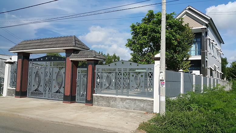 Cửa cổng sắt cắt CNC nghệ thuật đẹp-139