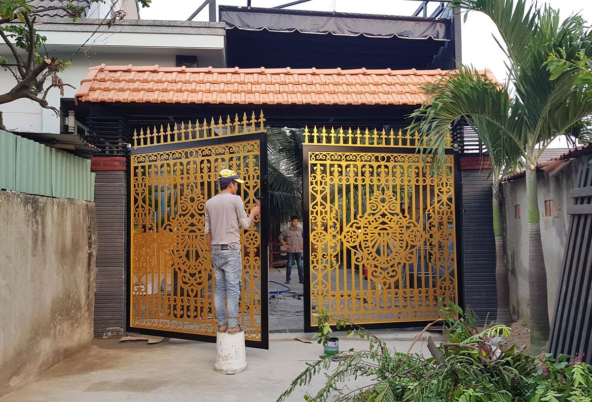 Mẫu cổng cnc, mở tự động 4 cánh, lắp đặt tại Trà Vinh-244