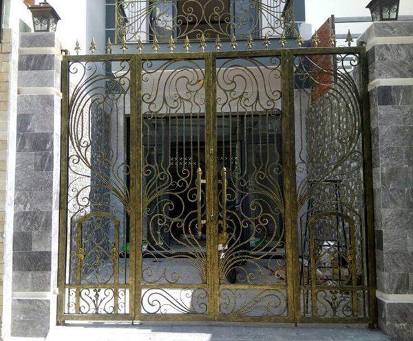Trọn bộ 50 mẫu cửa cổng sắt mỹ thuật đẹp hút hồn người xem-190