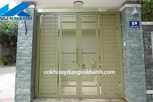 Cửa cổng sắt hiện đại Vũ Khanh SP-32462