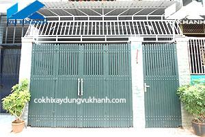 Cửa cổng hiện đại Vũ Khanh SP-96719
