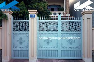 Cửa Cổng Hai Cánh Bông Gang SP-98149